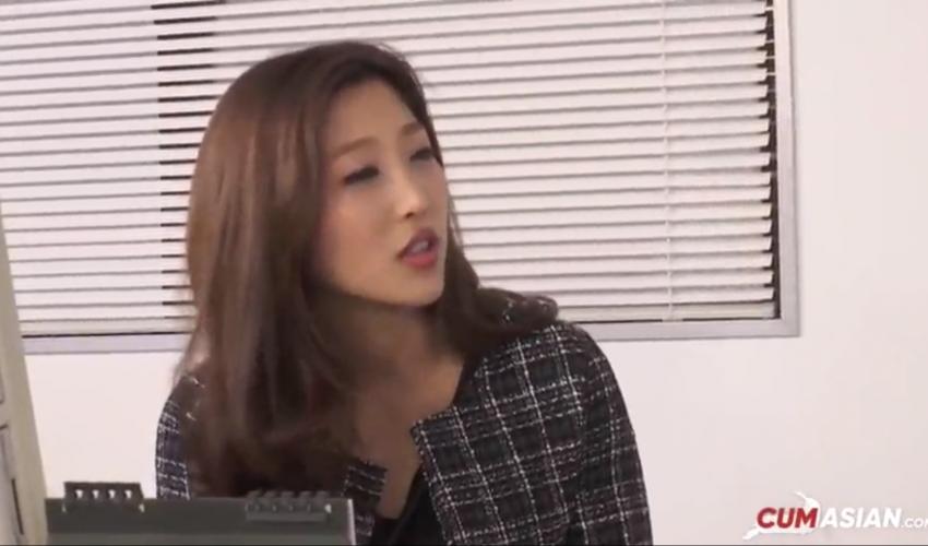 หนังโป๊ คลิปโป๊ญี่ปุ่น สาวขี้เงี่ยนกับหัวหน้างาน เย็ดคาชุดฟิน ๆ